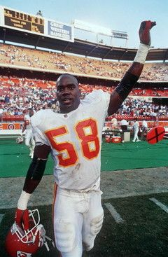 Coaches describe Derrick Thomas's great career