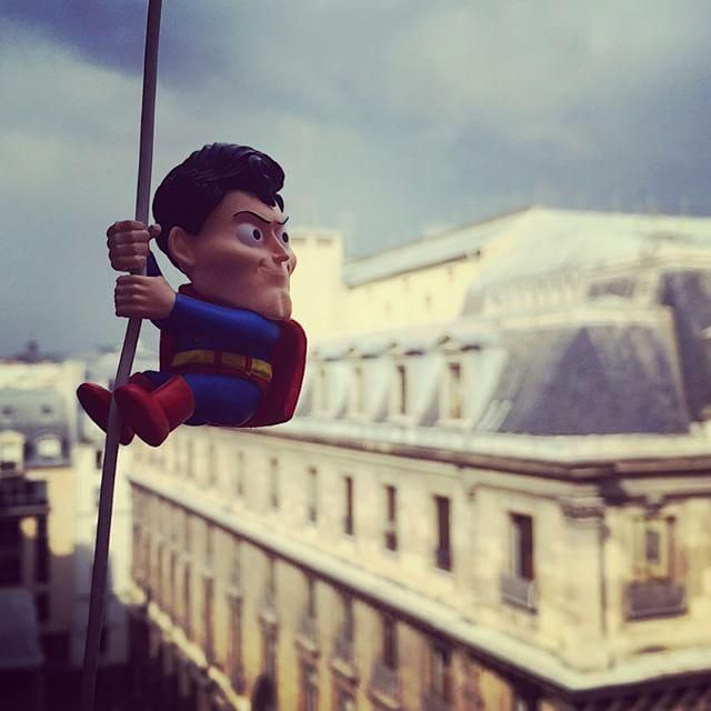 #DCAout : Grimpe - #paris #superman