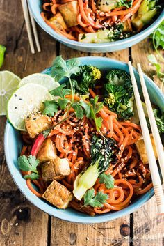 Sesame Ginger Carrot Noodle Stir Fry with Bok Choy and Crispy Tofu | http://theendlessmeal.com