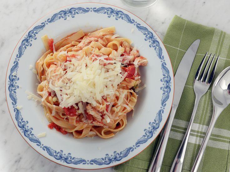 Paolos pasta med kyckling och salvia   Recept från Köket.se