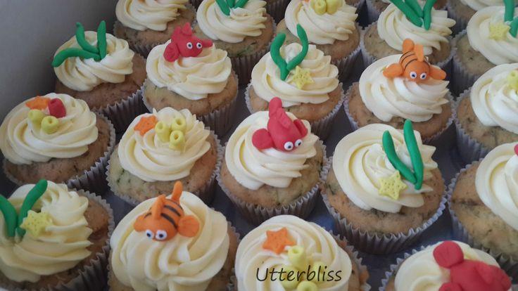 Under the sea theme cupcakes.