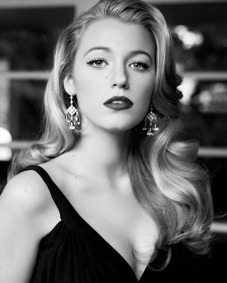 Blake Lively (born Blake Ellender Brown; August 25, 1987) is an American actress. . She is best known for her role as Serena van der Woodsen in the CW drama series Gossip Girl (2007–12). . Lively has also starred in such films as The Sisterhood of the Traveling Pants (2005), Accepted (2006), The Private Lives of Pippa Lee (2009).. . Ben Affleck's crime thriller The Town (2010), Green Lantern (2011), Oliver Stone's Savages (2012), The Age of Adaline (2015), and The Shallows (2016). . She most…