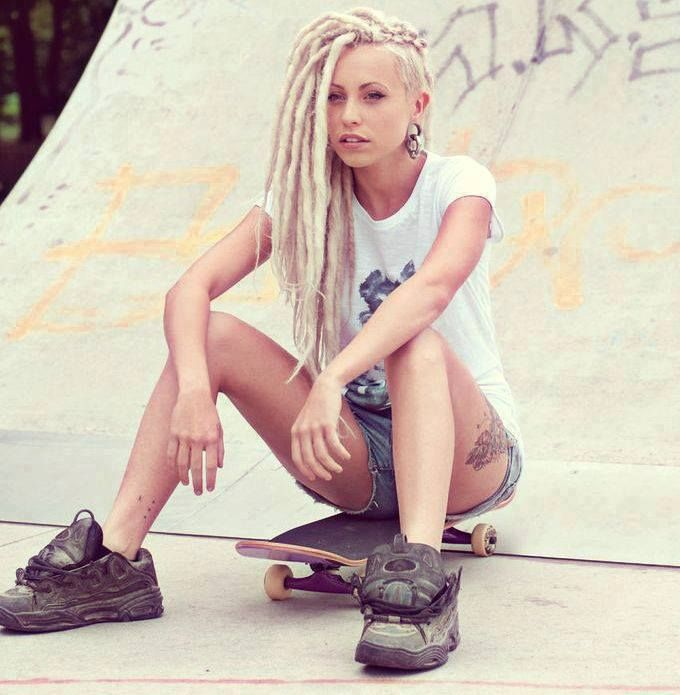 Dreads with an undercut...blondes with dreads. Le sigh.
