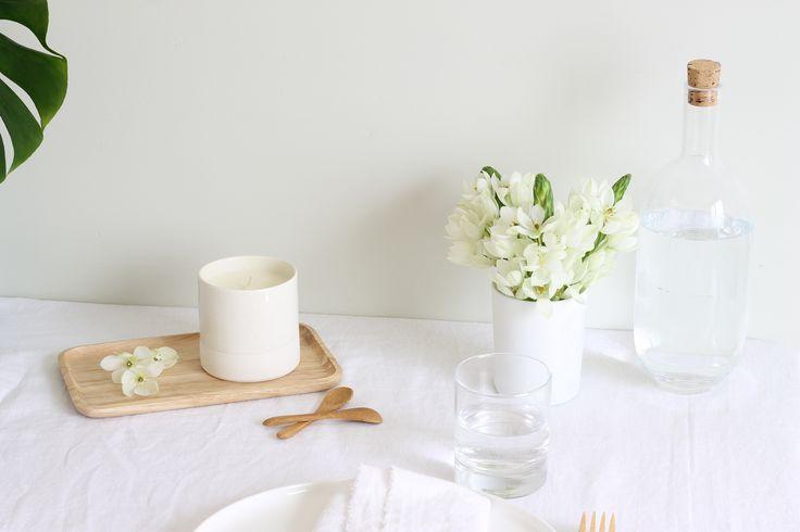 Bougie soja pot biscuit céramique tourné à la main.#soycandle #minimaliste #ceramique #potery #bougievegan #bougiesoja #minimaliste #lessismore