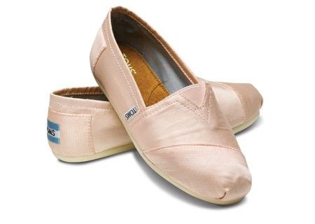 ballet toms...: Blushes Pink, Wedding Shoes, Points Shoes, Petals Grosgrain, Toms Shoes, Ballet Flats, Pink Toms, Ballet Shoes, Ballet Toms