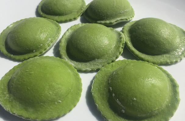 http://www.foodista.com/blog/2016/03/03/homemade-green-ravioli-for-st-patricks-day