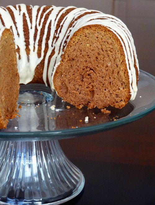 Baileys Irish Cream Bundt Cake with Baileys Glaze | Recipe