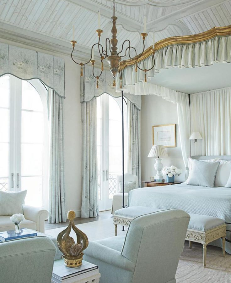 French bedrooms draperies and bed canopies 3407