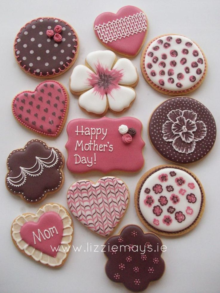 Mother's Day Cookies - For all your cake decorating supplies, please visit craftcompany.co.uk