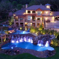Stunning Backyard #luxury #luxurylifestyle #luxuryliving