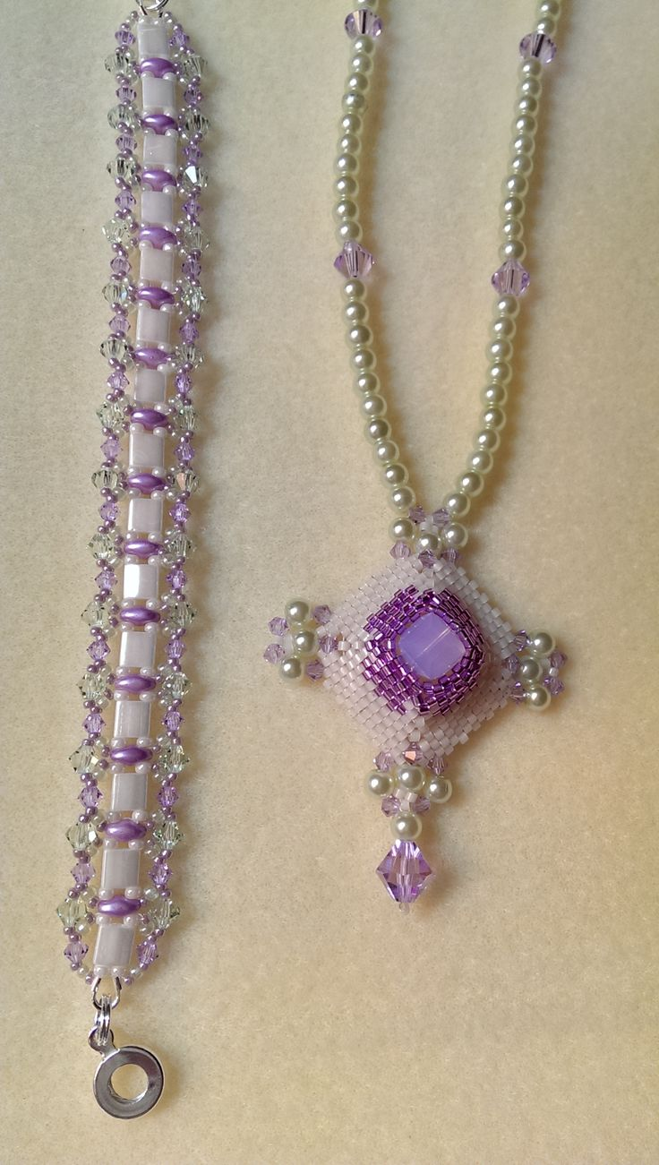 Schmuck mit tila beads