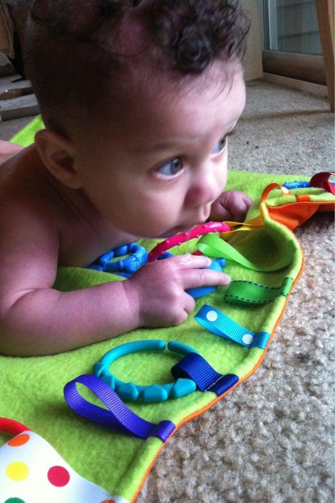 Diy waterproof tummy time mat