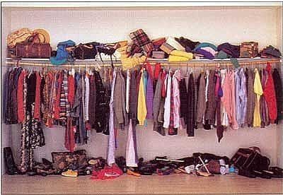 7 Easy Steps to Cleaning Out Your Closet! #Organization #Organize #Closet #Spring #Clean www.AZFoothills.com