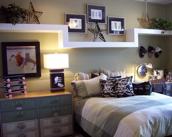 Room Design ~ love the shelf over the bed and picture placement!! #designbedroom