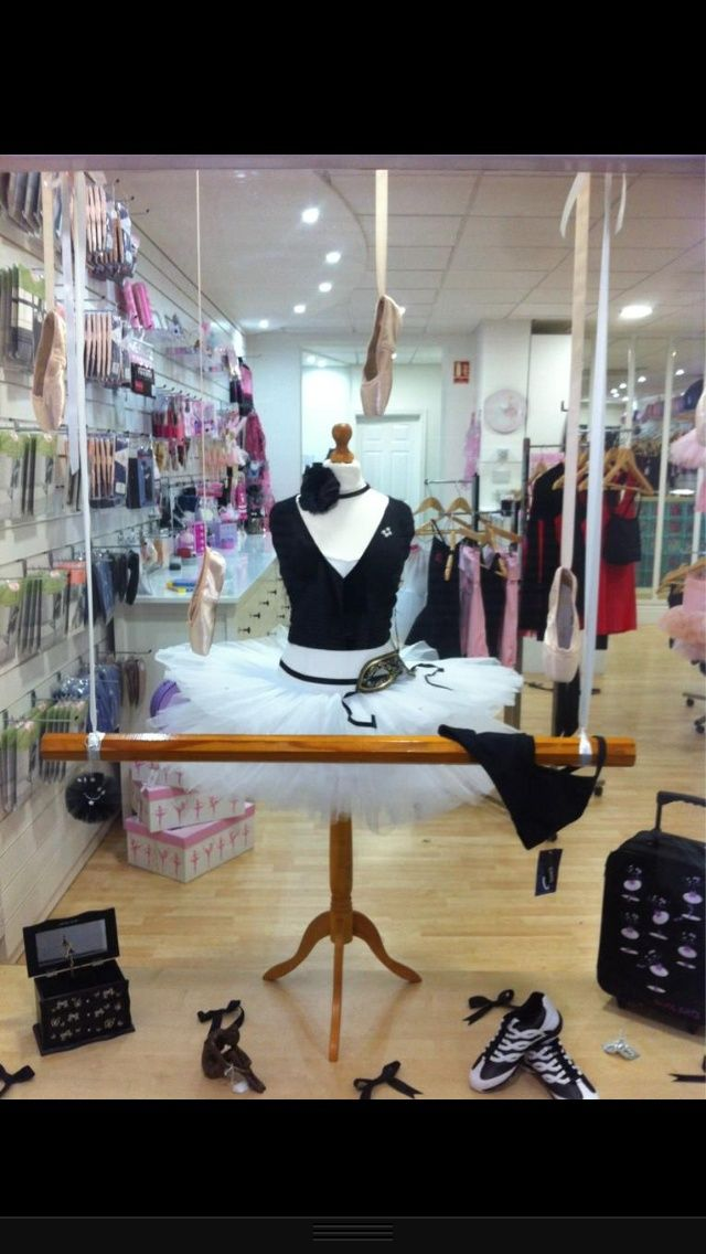 Dance Retailers: Get more Sales with these Window Display Ideas