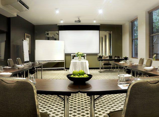 Paris room | U-shape set-up | Conference set-up | Conferences Melbourne