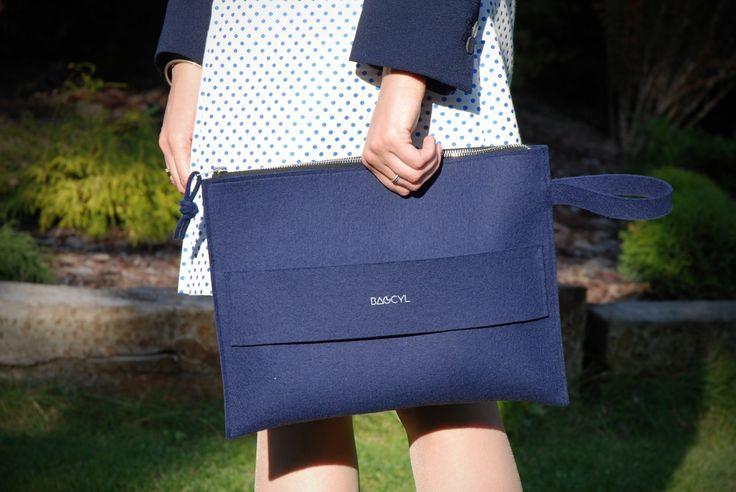 Bag  Colour: navy blue Handmade item. Materials: felt, silver zipper