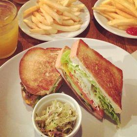 【腹ペコ注意】絶対食べたい!おしゃれで豪華な絶品サンドイッチ特集 - NAVER まとめ