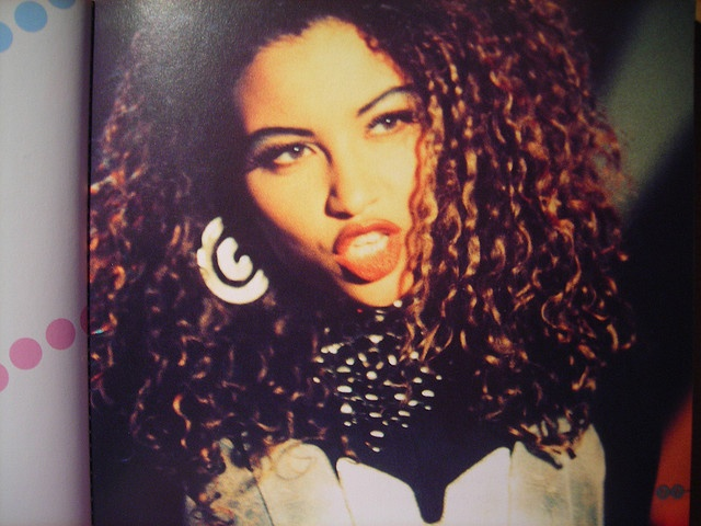 Anita Doth from 2Unlimited looking a bit like Beyonce with that mane.