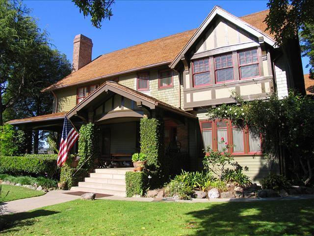 Henry T. Oxnard Historic District Home - Craftsman