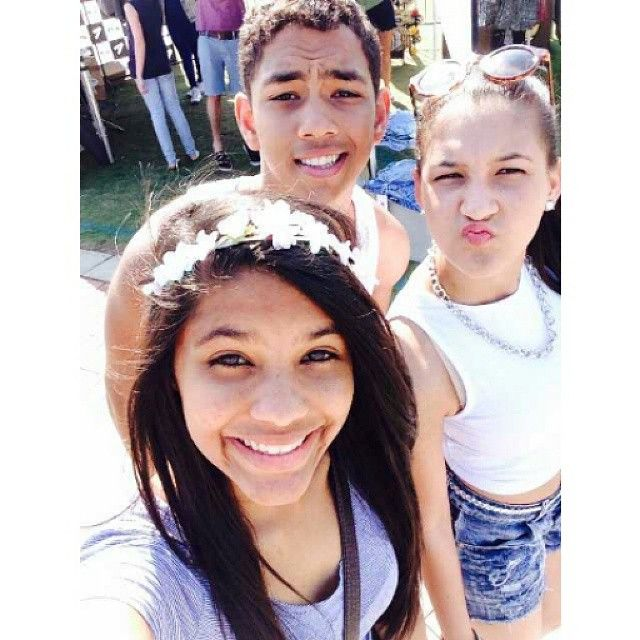 #lategram#dontcare#bleh #smiles#durbanday#hawties .... You can't sit with us✋ My friends are cooler than your friends