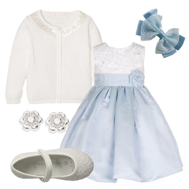Un outfit primaverile, pensato per una bambina di quattro anni: delizioso abito celeste, gonna a campana, corpino bianco in pizzo, fascia in vita con fiore, scollo tondo, senza maniche, abbinato a cardigan bianco, scollo tondo, impreziosito da paillettes, chiuso da bottoni. Ballerina in pizzo bianco, punta tonda, cinturino, orecchini in oro bianco a fiore, fiocchetto azzurro per capelli.