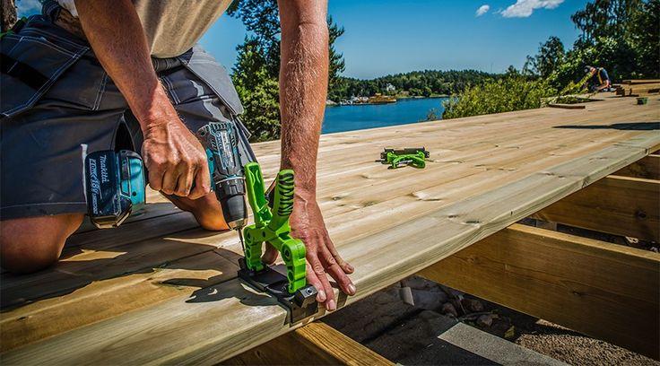 Penere terrasse med skjult innfestning