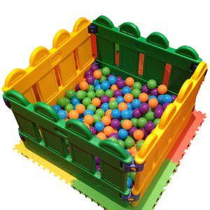 1×1 Ball Pit 475×475