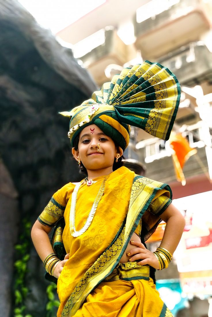 Cuteness Overloaded #indian #girlboss #celebration #photography #gudipadwa #festival #beautiful #mumbai #portrait