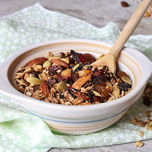 Healthy breakfast cereal recipe for a healthy diet plan.