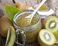 Confiture de kiwis à la vanille : http://www.cuisineaz.com/recettes/confiture-de-kiwis-a-la-vanille-68354.aspx