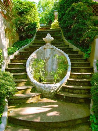 Dumbarton Oaks Garden, Washington DC. A hidden gem in DC that is rarely visited by locals, shhhh it will be our secret!