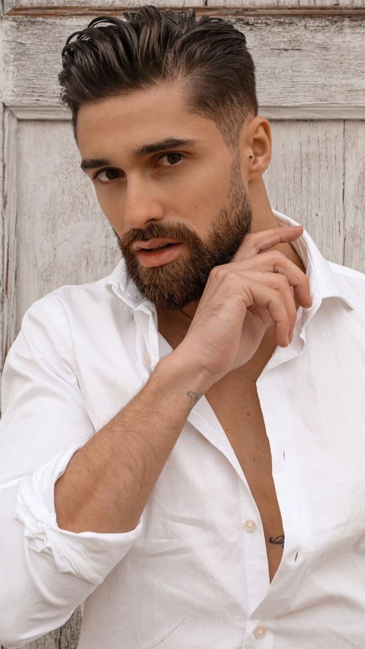 Pin by Justlifestyle on Men'sHair | Great beards, Handsome men, Men's grooming
