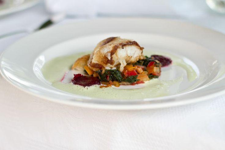 Die Kochkurs Teilnehmer lernen nicht nur die Zubereitung von den Klassikern der gehoben Küche, sondern erhalten auch die besonderen Villa Martha Rezepte im Anschluss an den Kochkurs. www.villa-martha.de