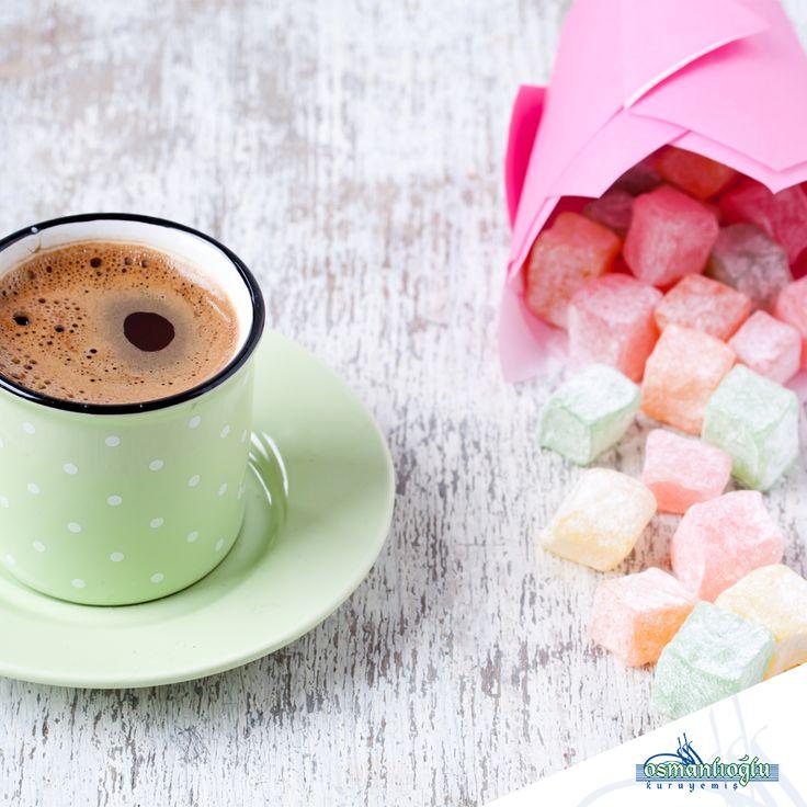Osmanlıoğlu Kuruyemiş'in seçkin lezzetli lokumları ve yanında 40 yıl hatırı sayılan Türk Kahvesi! Hafta sonunuz güzel geçsin! #kuruyemis #osmanlioglu #osmanlioglukuruyemis #dogal #kurugida #istanbul #unkapani #insta #instalike #follow #special #instagood #takip #nuts #kahve #turkishcoffee #coffee #turkkahvesi #leziz #taze #eminonu #haftasonu #happyweekend #weekend #cumartesi #pazar #enerji #delights #turkishdelights #lokum