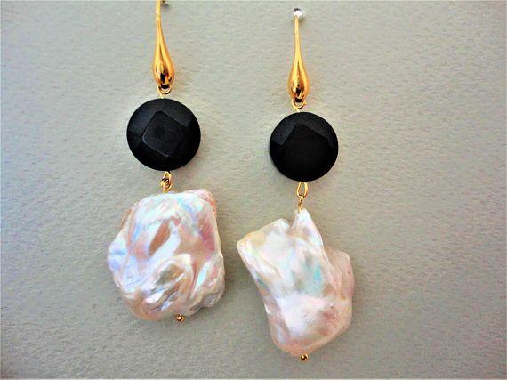 Pearl Earrings with Black Onyx. Fresh Water Pearl Earrings.