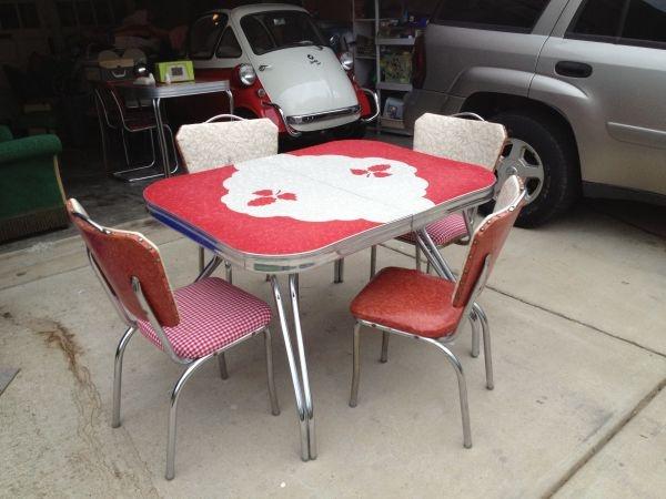 Yes please! Vintage table and chairs!:  Boards, Vintage Treasure, Coffee Shops, Washington D C, District Détecteur, Vintage Tables, Shops Ideas