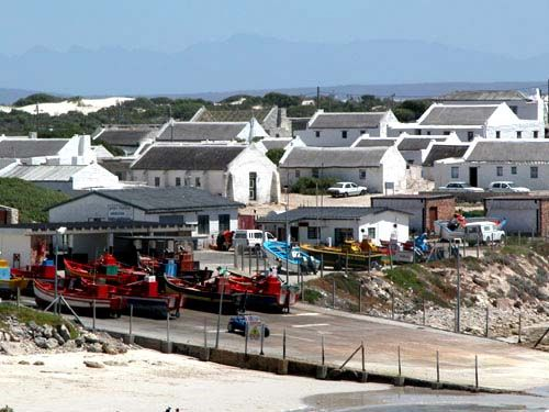 FRESH FISH N CHIPS ON THE HARBOUR KASSIESBAAI,ARNISTON WITH #Lays South Africa#