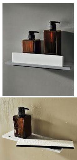 """Dit ontzettend moderne douche planchet heeft een geïntrigeerde raam wisser. En is dus super handig voor in de douche! voor meer informatie klikt u op """"bezoeken"""". Of stuur ons een berichtje op onze Facebook pagina: https://www.facebook.com/Welbie-Sanitair-367570520045464/"""