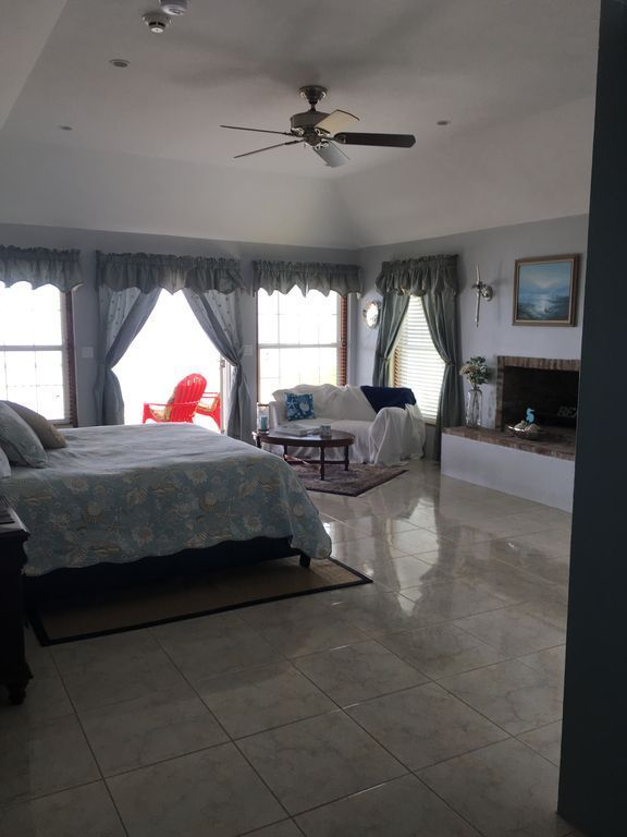 4 Bedroom House Vacation Rentals Southampton