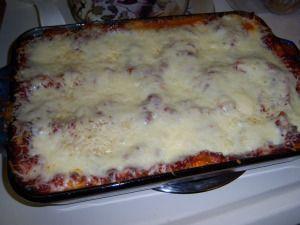 easiest gluten free lasagna- and soooo good! My non gluten free fiance even loves it