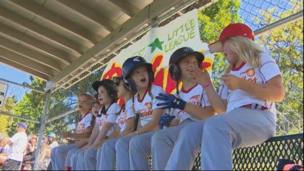 Meet The All Girls Baseball Team Shaking Up A West Seattle Little League Baseball Girls Little League Baseball Team