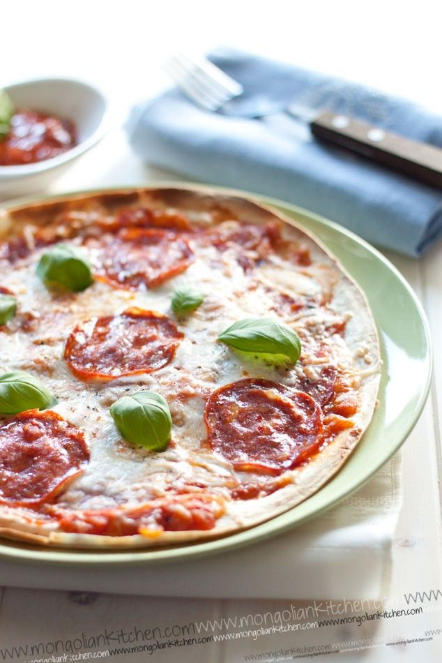 Pizza Quesadilla | Nom Nom | Pinterest