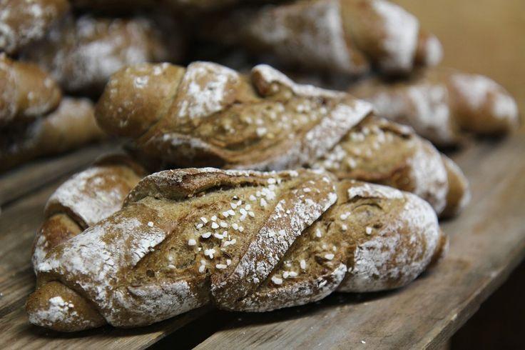 Mit seiner Geburtsstunde im Jahr 1984 hat der Kornspitz die Brotkörbe und Frühstückstische erobert. Ein knackiges Weckerl, nicht zu groß, aber überragend in der Frische und Geschmack - das wäre für...