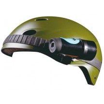 Une camera sport à fixer sur votre casque pour des image en HD. Petite et légère, elle filmera sans vous encombrer.