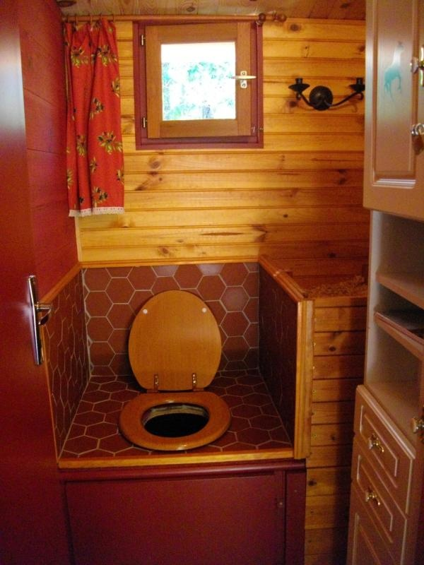 Les 25 meilleures idées de la catégorie Toilette seche en ...