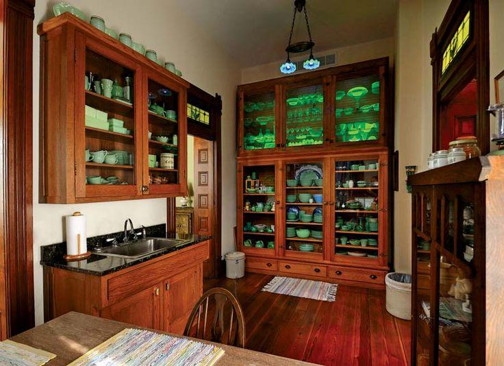 eitzen-mansion-pantry