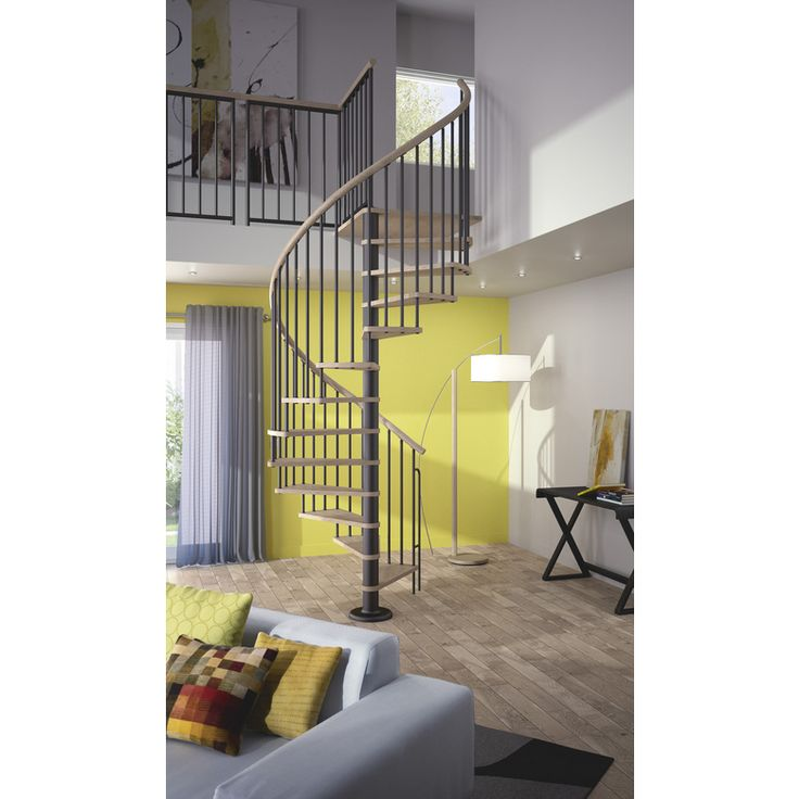 Les accessoires de votre escalier d int rieur avantages for Hauteur marche escalier standard