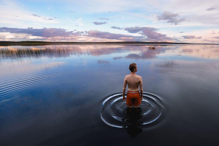 Välillä instagrammaajan pitää uidakin. Ounasjoki, Rovaniemi. #sokoshotelsroadtrip @kpunkka