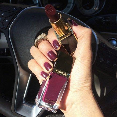#Nails #Uñas #Lipstick #Lápiz #Labial #Fashion #Moda